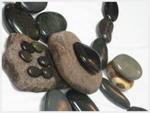 hot stone massage healing stones